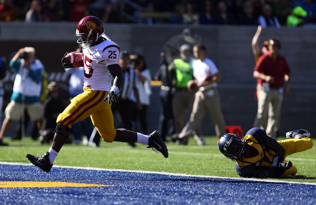 Silas Redd suffered a knee injury against Cal on Nov. 9. (USATSI)