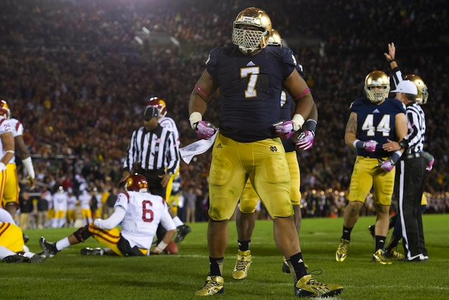 Notre Dame's defense stepped up against USC when Tommy Rees left the game. (USATSI)