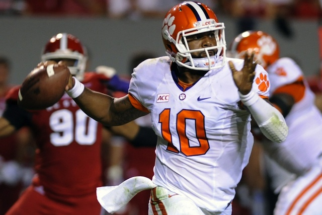 After a slow start, Tajh Boyd threw two touchdowns while completing 9 of 11 second half passes. (USATSI)