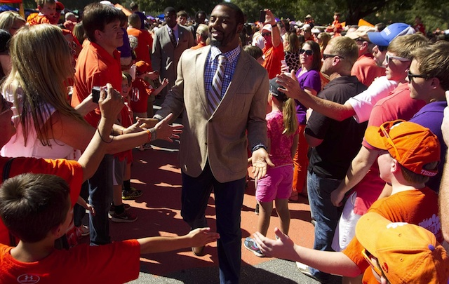 Tajh Boyd must defend home turf at Death Valley to keep Clemson's ACC title hopes alive. (USATSI)