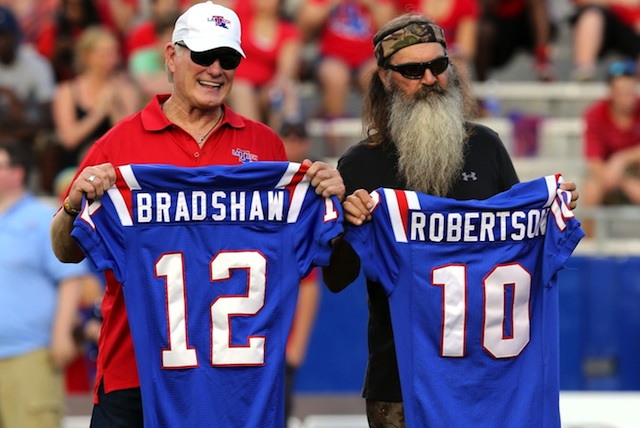 Terry Bradshaw and Phil Robertson were honored at halftime of the loss to Tulane. (USATSI)