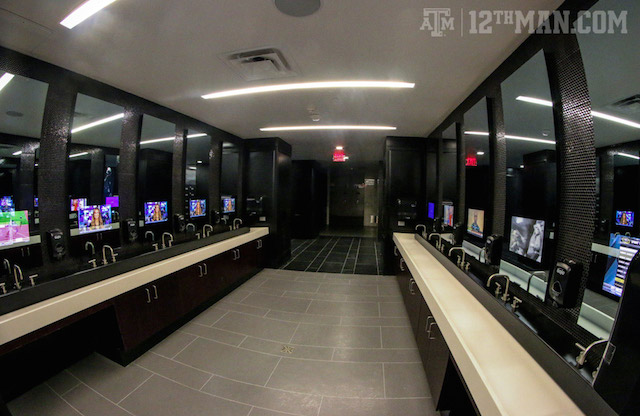 Look Texas A M 39 S Renovated Football Complex Is Shiny