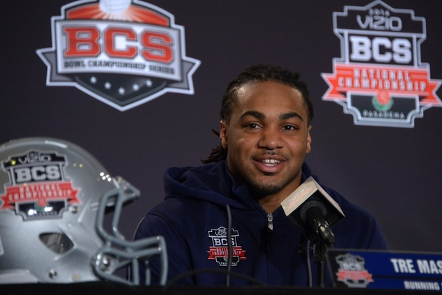 We make our picks for several prop bets, including the over/under on Tre Mason's rushing total (109.5).  (USATSI)