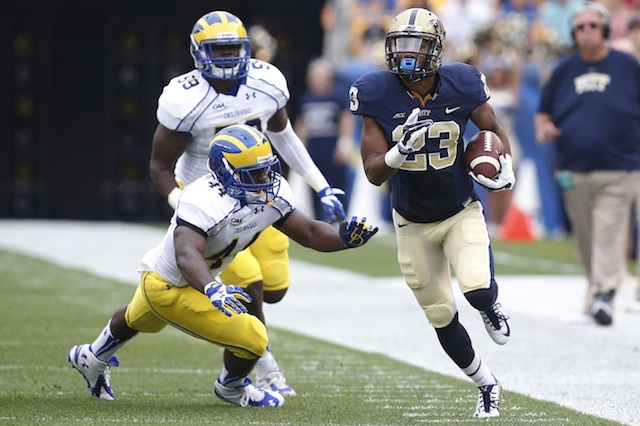 Tyler Boyd suffered a dislocated finger in Pitt's opener against Delaware. (USATSI)