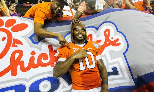 Louisville and Auburn will battle for the Old Leather Helmet in 2015