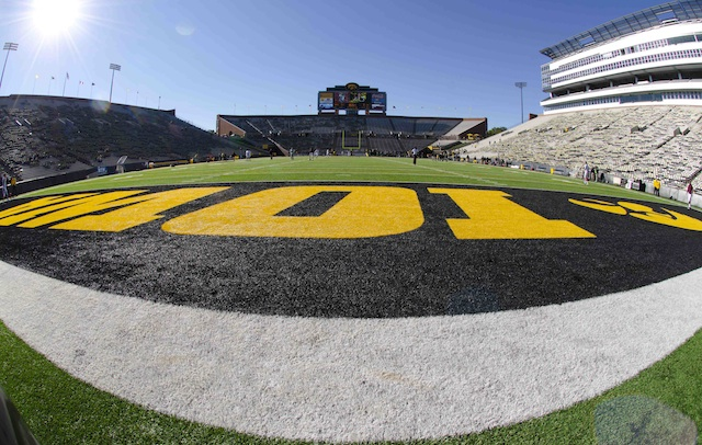 Jake Rudock's first game will be against Northern Illinois at Kinnick Stadium