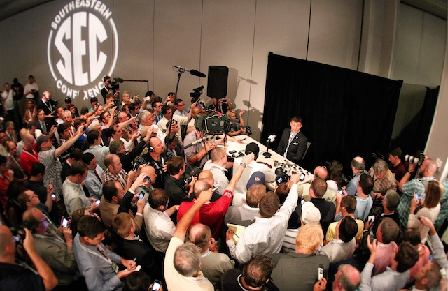The media throng Johnny Manziel faced on Wednesday