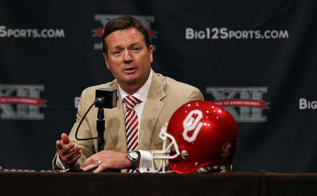 Bob Stoops won't be leaving Oklahoma any time soon