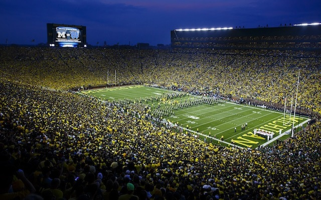 Michigan sets NCAA attendance record against Notre Dame