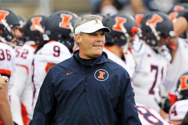 Tim Beckman has gone 6-18 in his first two seasons at Illinois