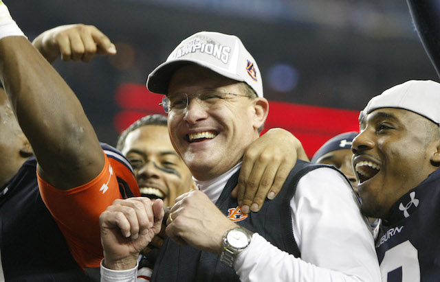 Gus Malzahn is the FWAA's Coach of the Year for 2013