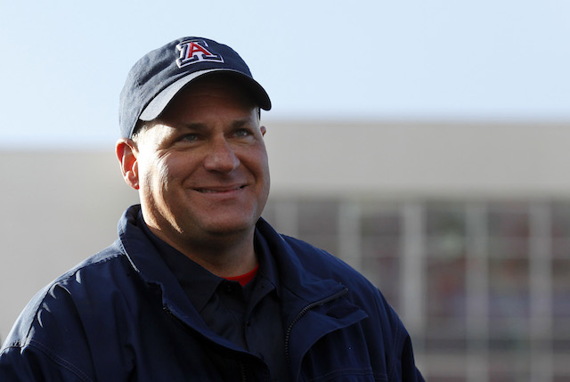 Rich Rodriguez's new contract will keep him at Arizona through 2018