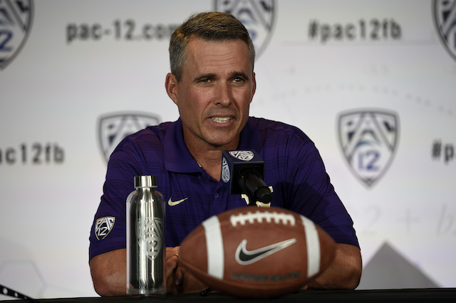 Chris Petersen named Jeff Lindquist Washington's starting QB against Hawaii.