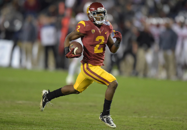 Adoree Jackson made a couple of big plays for the Trojans on Saturday night