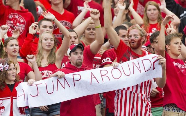 Wisconsin-night-games-camp-randall