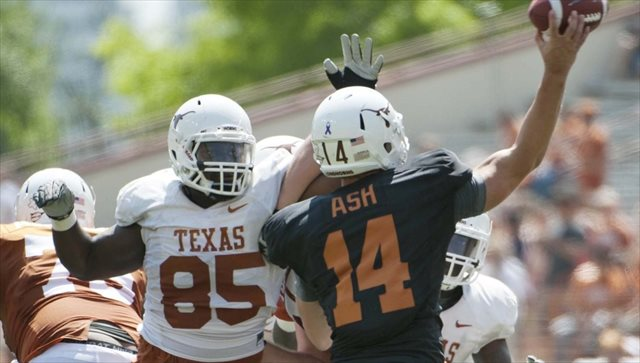 Ashton Dorsey (No. 85) was left off the Longhorns' opening-week depth chart. (USATSI)