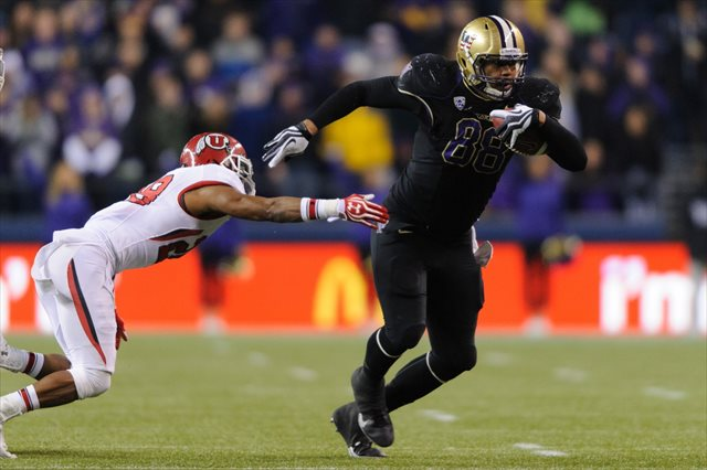 Austin Seferian-Jenkins will reportedly serve a one game suspension and miss the opener against Boise State. (USATSI)
