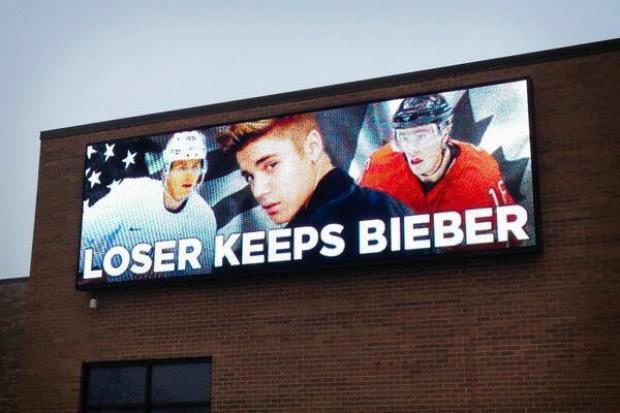 PHOTO: Chicago billboard on USA-CAN semi: 'Loser keeps Bieber'
