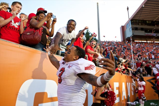 Eastern Washington quarterback Vernon Adams celebrates his team's win over Oregon State. (USATSI)