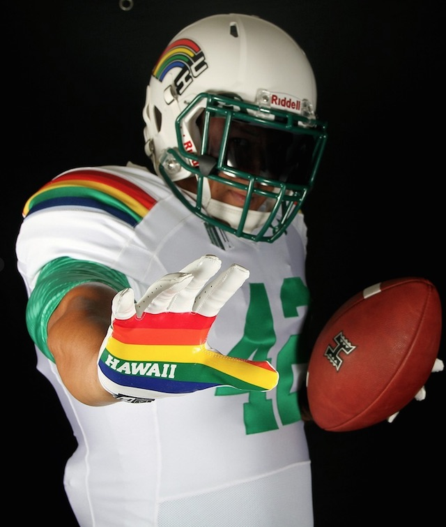 wholesale dealer d275c 583a7 LOOK: Hawaii to wear awesome retro uniforms against Ohio ...