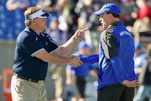 Brian Kelly and Troy Calhoun aren't likely to have many pregame handshakes in the future. (USATSI)