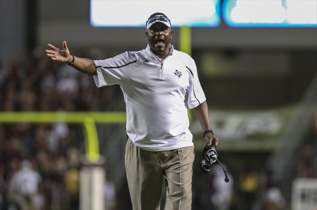 Kevin Sumlin has another issue to worry about on his defensive line. (USATSI)