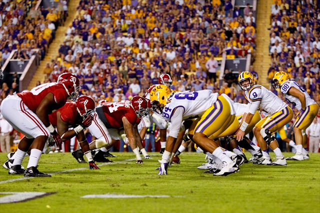 Zach Mettenberger will attempt to lead LSU to the upset of Alabama the Tigers so narrowly missed in 2012. (USATSI)