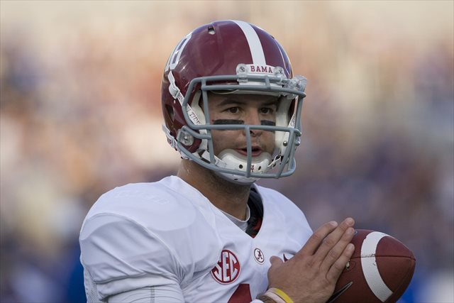 If AJ McCarron wants to make a Heisman push, the Tennessee game will be a good start. (USATSI)