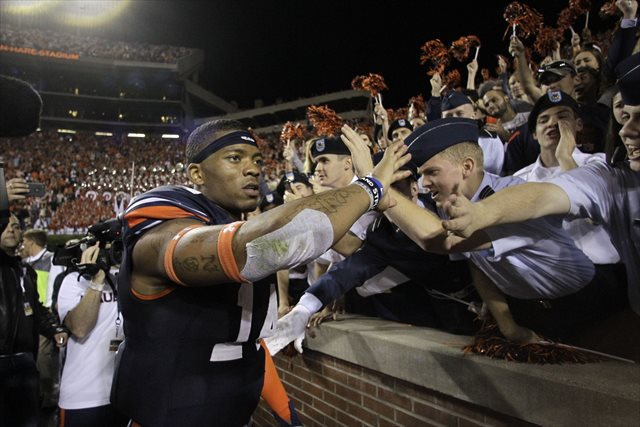 Nick Marshall has Auburn still in the BCS hunt ... barely. (USATSI)