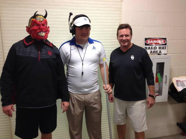 Josh Heupel Batman >> PHOTOS: Oklahoma coaches wear costumes to practice - CBSSports.com