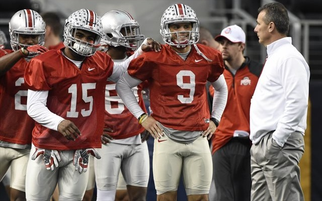 23a404348ee Ohio State players have specific orders for autographs in Texas. (USATSI)