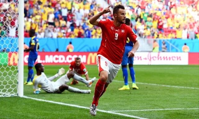 Haris Seferovic celebrates his game-winner against Ecuador. (Getty Images)