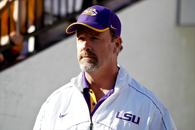 Steve Kragthorpe was hired as offensive coordinator in 2011. (USATSI)