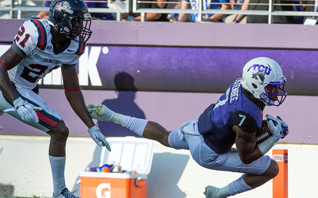 TCU wide receiver Kolby Listenbee dives for a touchdown. (USATSI)