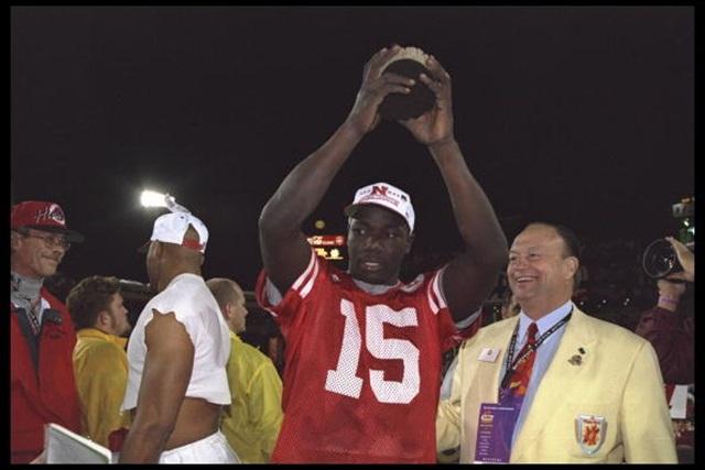 Tommie Frazier celebrates winning the 1995 Fiesta Bowl. (USATSI)