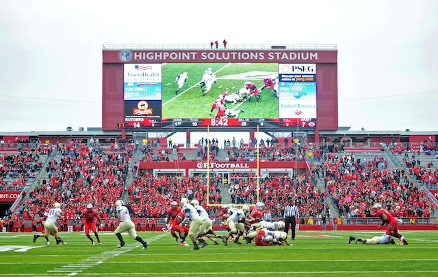 22 middle schoolers affected by Hurricane Sandy will get to play the final 5 minutes of Rutgers' spring game. (USATSI)