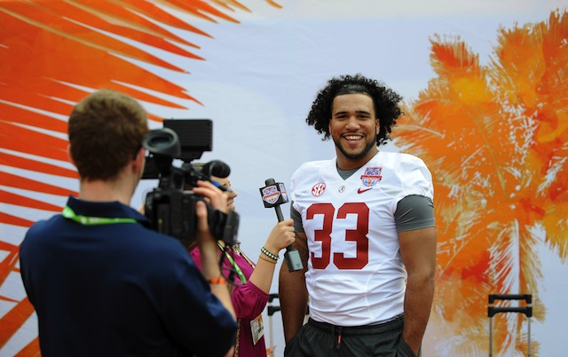 Alabama linebacker Trey DePriest will miss the rest of spring with a foot fracture. (USATSI)