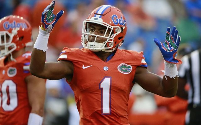 Vernon Hargreaves III will take on an even bigger burden with Jalen Tabor out. (USATSI)