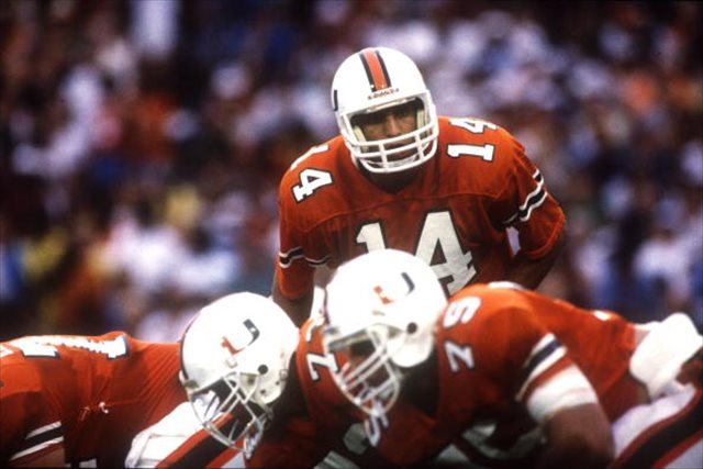 vinny testaverde in the play against miami dolphins In a year's time, the jets have gone from no desirable options at quarterback to a surplus of quality signal callers it is a breath of fresh air for a franchise that has struggled to find.