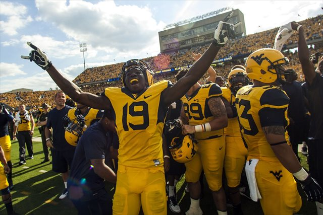 West Virginia didn't many more chances to celebrate after beating Oklahoma St. (USATSI)