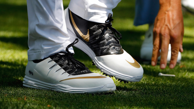LOOK  Rory McIlroy honors Kobe Bryant with these Masters cleats ... d7d797230591