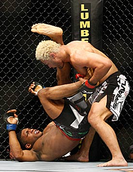 Daley vs. Koscheck (Getty Images)