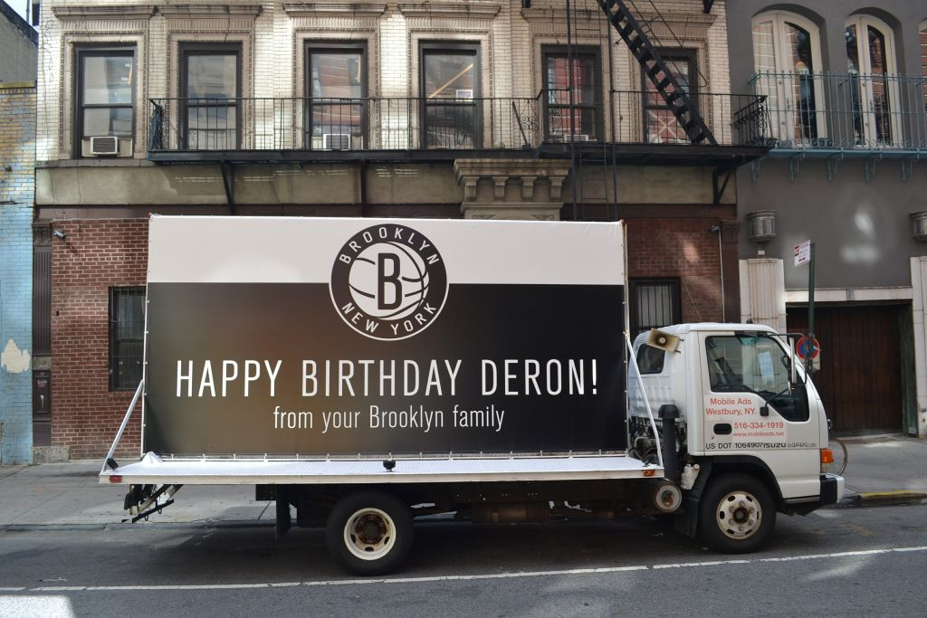 Brooklyn Nets Wish Deron Williams Happy Birthday With Truck Outside His Apartment