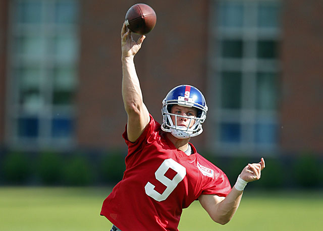 Rookie QB Ryan Nassib, the Giants' fourth-round pick out of Syracuse, throwing the long ball. (USATSI)