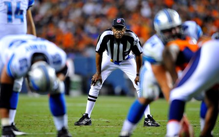 NFL Umpire (US Presswire)