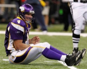 B. Favre and the Minnesota passing offense had a rough game (AP).