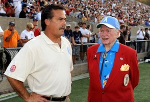 Bud Adams has some decisions to make regarding Tennessee coach Jeff Fisher (US Presswire).