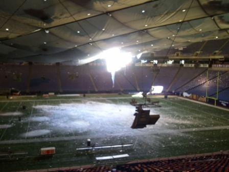 The reason the Metrodome is unplayable for the Minnesota-New York game.