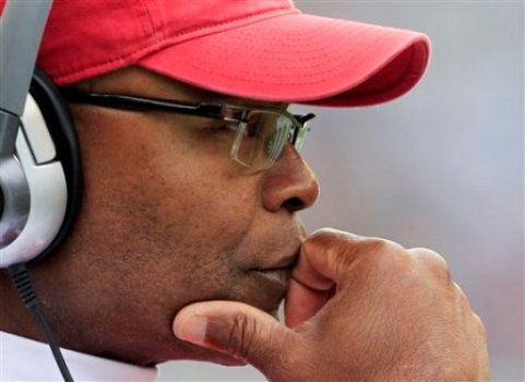 Mike Singletary has led his San Francisco squad to an 0-3 start to the season (AP).