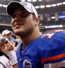 T. Tebow has not signed his contract yet (Getty).